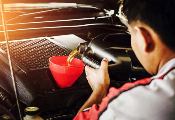 زمان مناسب برای تعویض روغن موتور